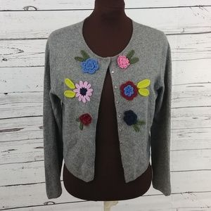 One Girl Who Crochet Flower Gray Cardigan
